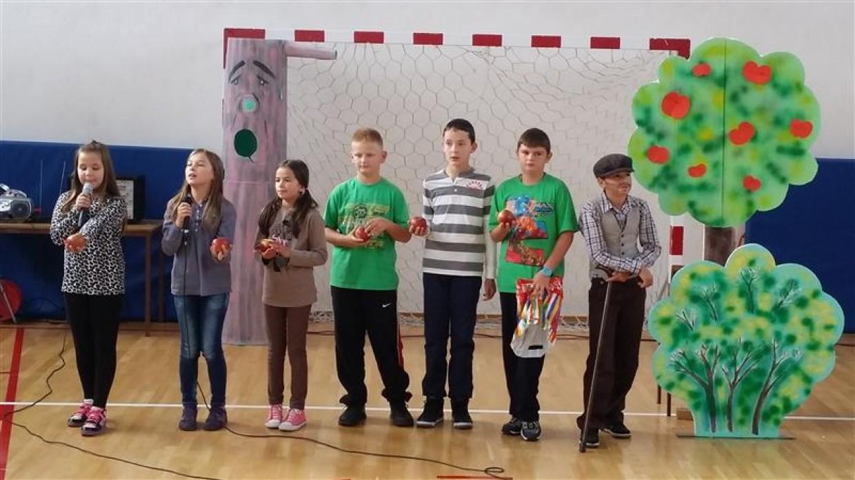 Dan kruha – dan jabuka u centralnoj školi